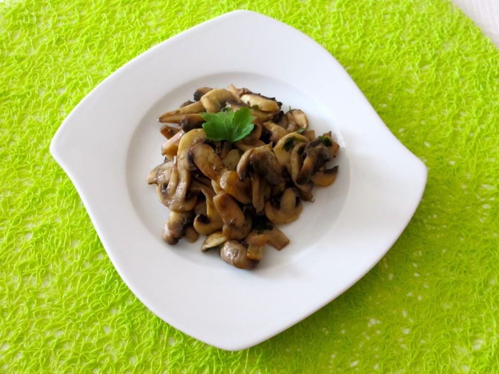 champignons frais au persil et l ail diet d lices recettes diet tiques. Black Bedroom Furniture Sets. Home Design Ideas