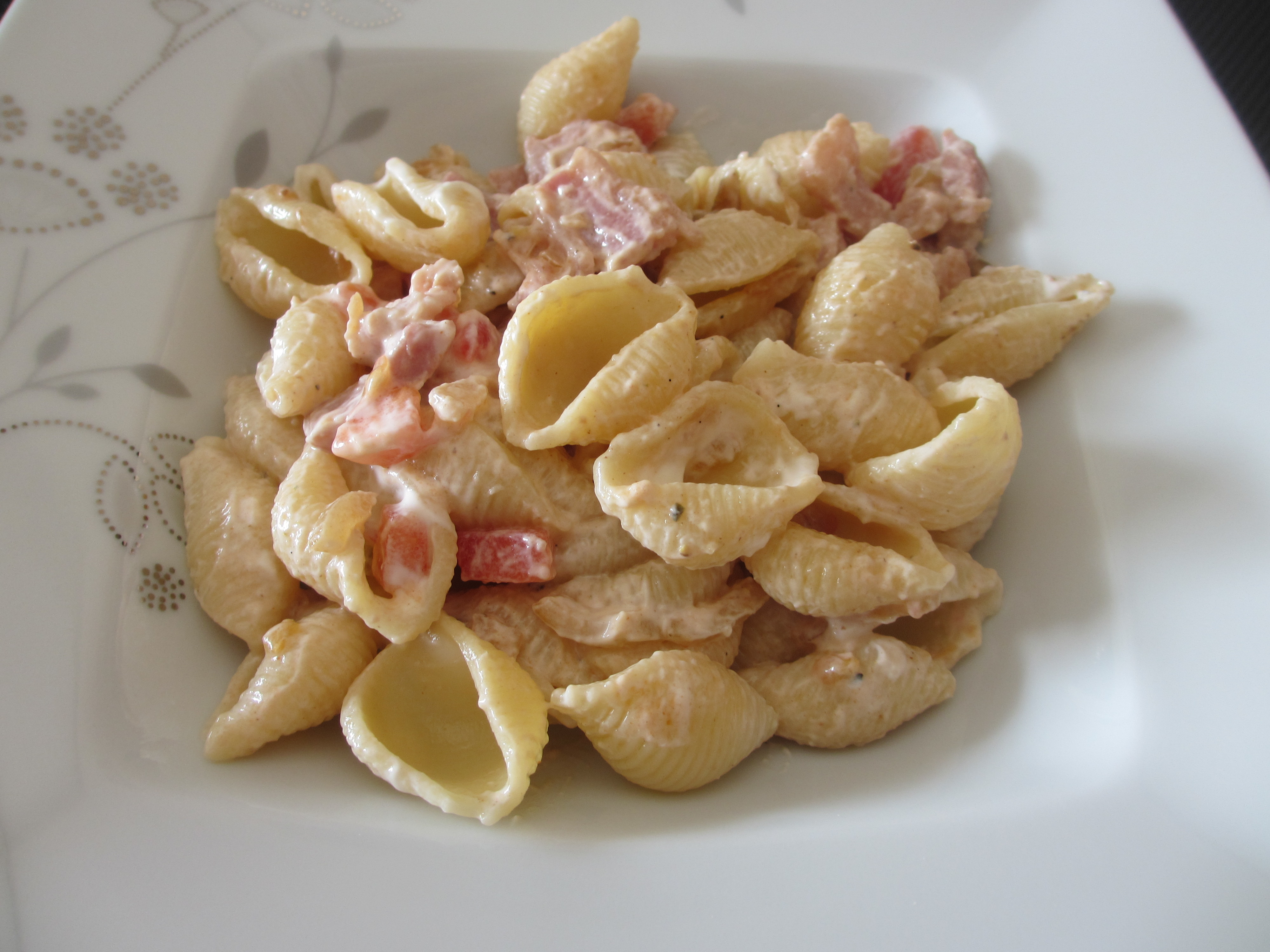 Salade de p tes au lard et fromage blanc diet d lices recettes diet tiques - Quantite fromage par personne ...