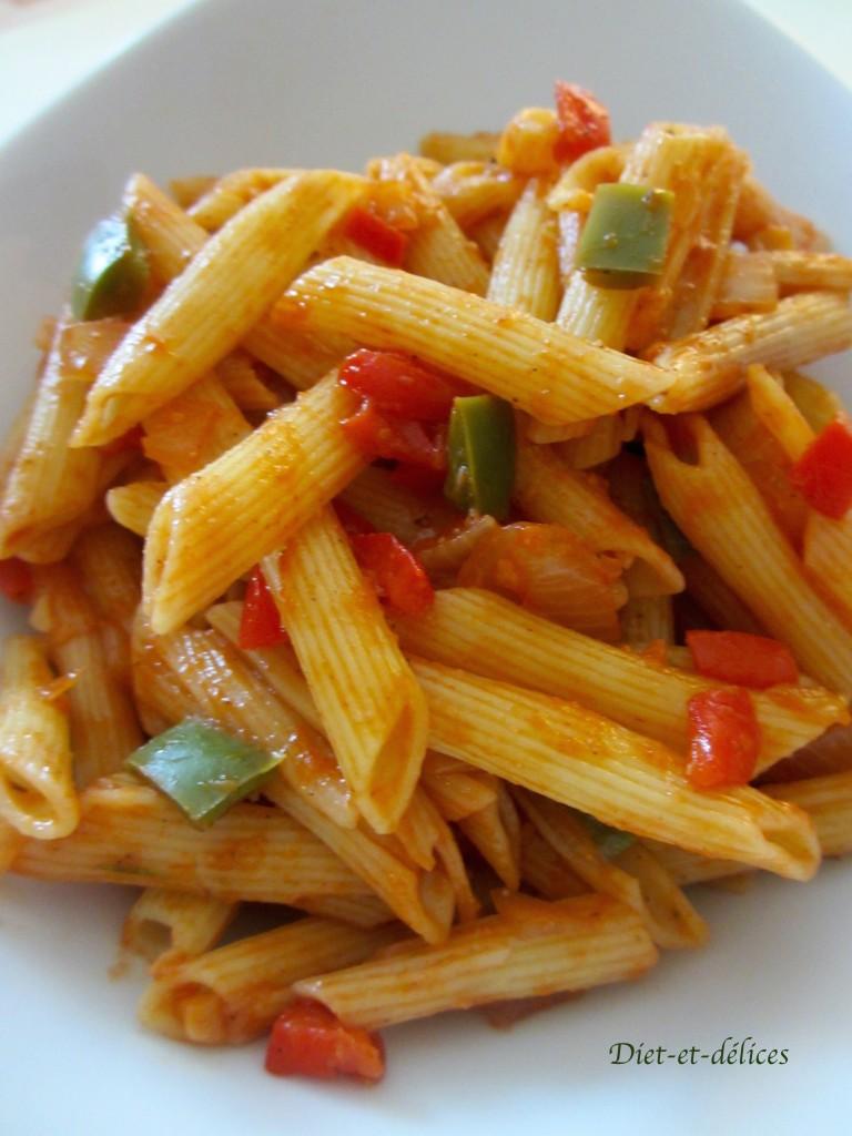 Salade de pâtes aux poivrons et au coulis de tomates