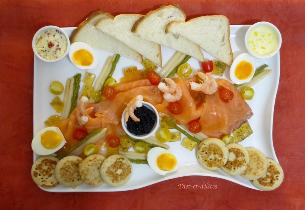 Plat de pr sentation de saumon fum diet d lices recettes diet tiques - Comment dessaler un plat cuisine ...