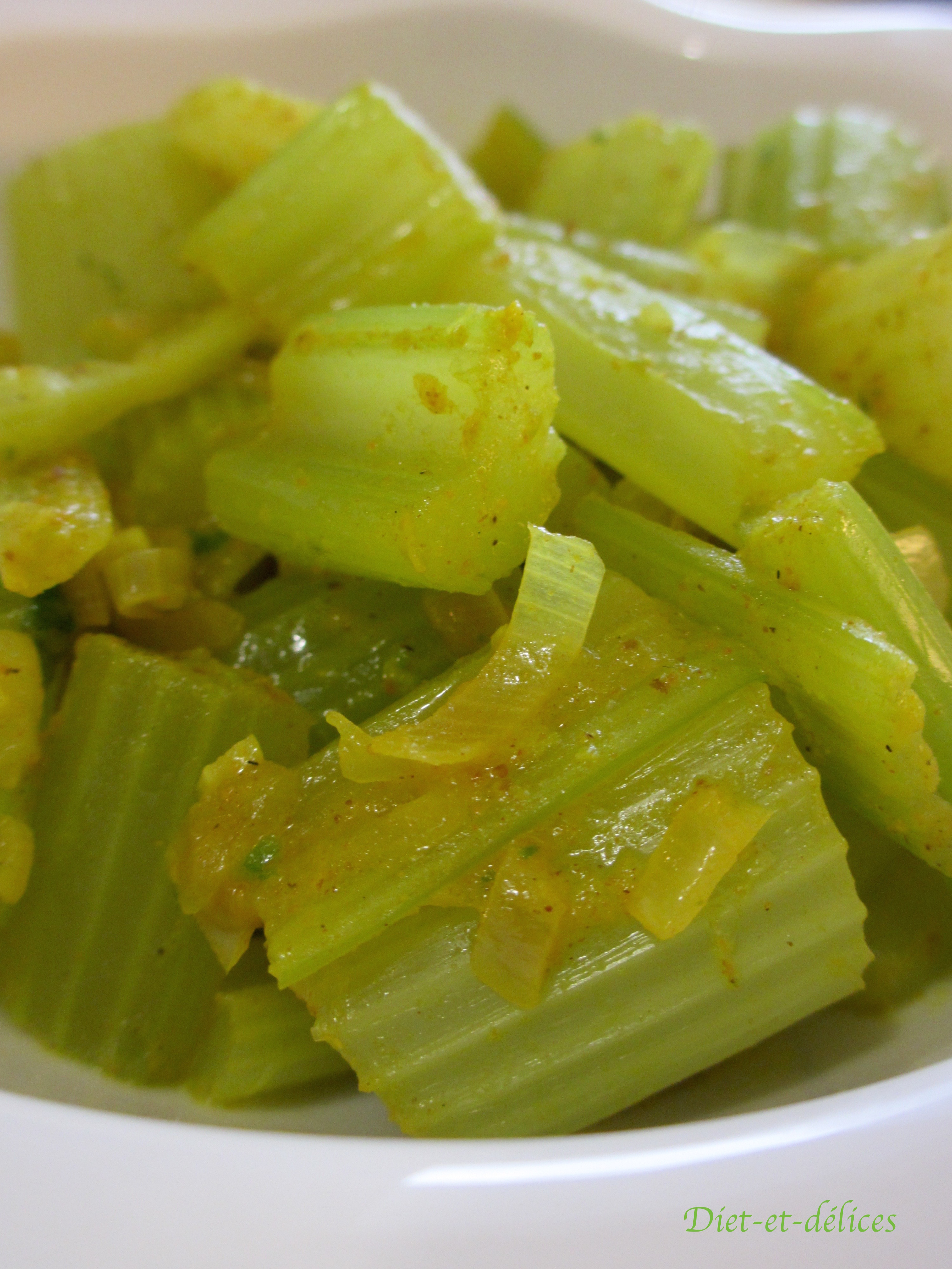 Po l e de c leri branche aux pices diet d lices - Comment cuisiner le celeri en branche ...